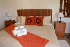 113onrobberg-deluxe-room-2.JPG
