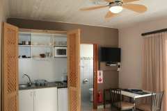 113-on-robberg-room-1-kitchenette.jpg