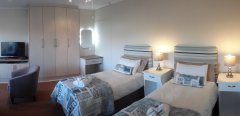 113-on-robberg-room-5-beds.jpg